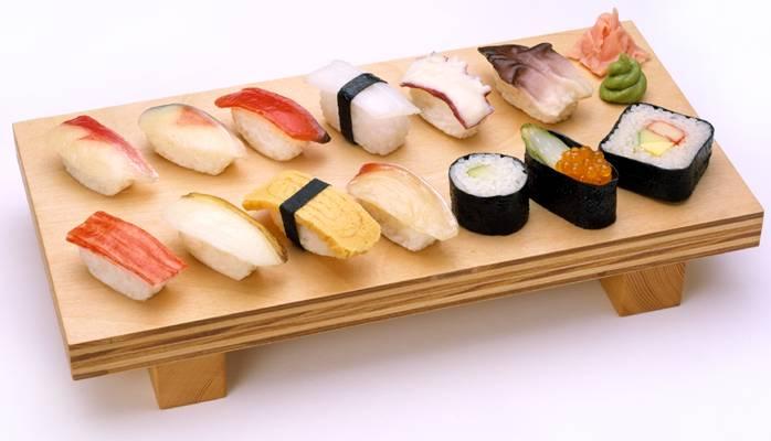 20070723132907-sushi.jpg