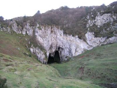 20080215140630-cueva.jpg